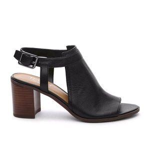 Franco Sarto Sz 9 Harlet peep toe leather sandals
